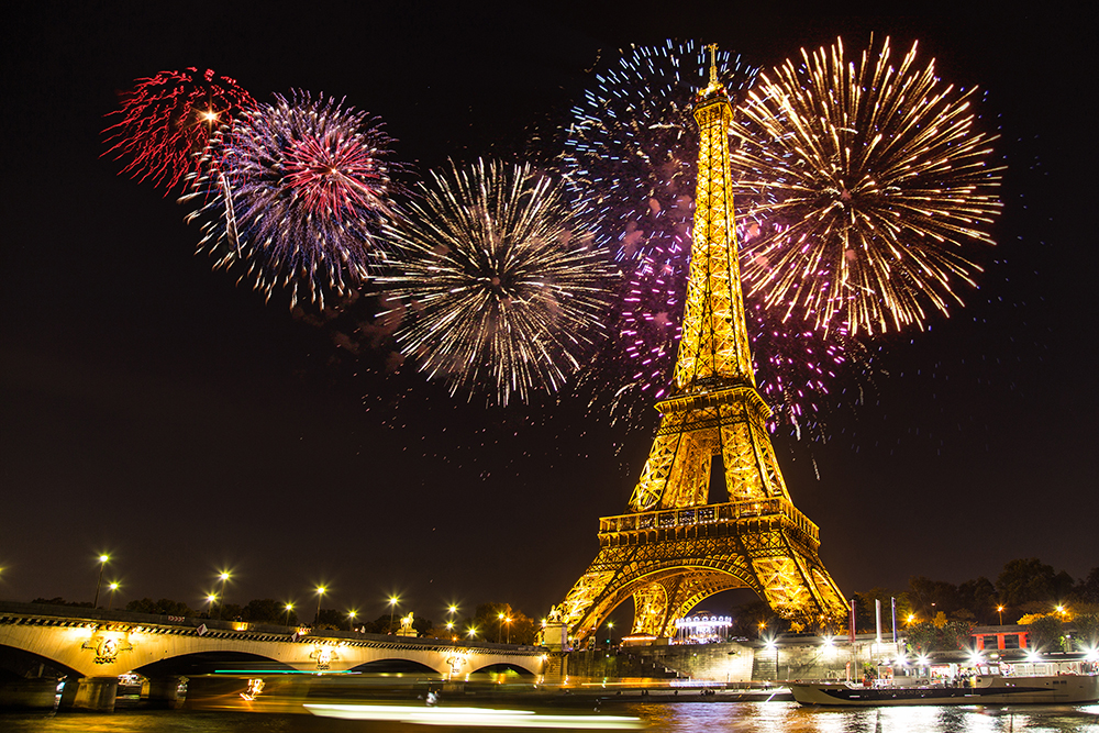 happy new year !!! Paris_NYE